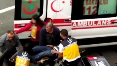 bild -  Otomobil bariyerlere çarptı: 2 yaralı