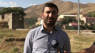 destina - Bitlis Kalesi'ndeki kitabenin çözümü yapıldı