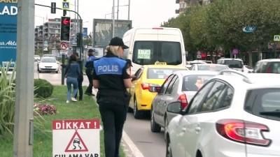 Bursa polisinden çocuk işçi mesaisi