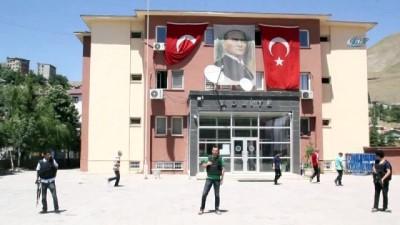 silahli teror orgutu -  Komiser yardımcısı FETÖ'den gözaltına alındı