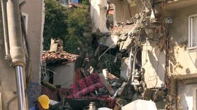 Patlamada hasar gören bina yıkılıyor - BURSA