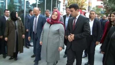 """gecmis olsun -  Bakan Zehra Zümrüt Selçuk: """"86 Huzurevi sakini ilgili lokasyonlara nakil edildiler"""""""