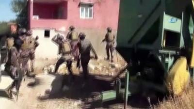 ozel harekat polisleri -  Ahırında uyuşturucu bulunan ziraat mühendisi tutuklandı