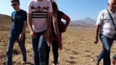 Iğdır'ın 'Gökkuşağı Tepeleri' - IĞDIR