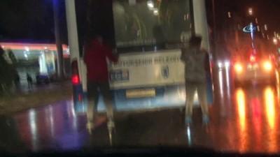 Patenci gençlerden Ankara trafiğinde tehlikeli oyun
