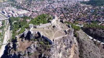 Türkiye'nin 5. görkemli kalesi Boyabat Kalesi havadan görüntülendi
