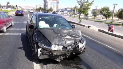 İki otomobil çarpıştı: 1 ölü - AKSARAY