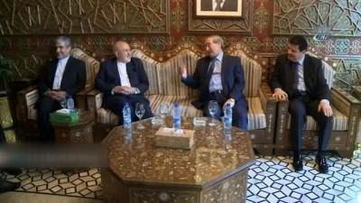 - İran Dışişleri Bakanı Zarif, Suriye Başbakanı Hamis ile görüştü