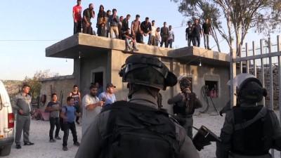 İsrail Batı Şeria'da Filistinlilere ait 4 evi yıktı (2) - BEYTÜLLAHİM