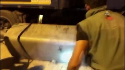 Tırın yakıt deposunda 140 kilo eroin bulundu - VAN