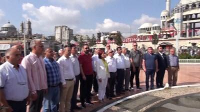 - Sivas Kongresi'nin yıldönümünde Taksim'de tören düzenlendi