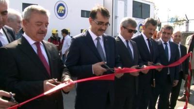 Enerji Bakanı Fatih Dönmez, Oruç Reis Gemisi'ni ziyaret etti