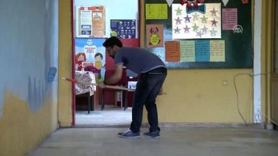 onarim calismasi - Fedakar öğretmenler 'pırıl pırıl okul' için mesaide - DİYARBAKIR