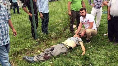 yasli adam -  Yolun karşısına geçmeye çalışırken otomobil çarpan yaşlı adam hayatını kaybetti