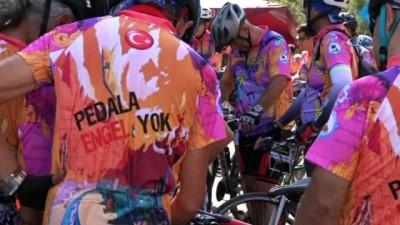 Bisiklet tutkunları 'pedalda engel yok' sloganı ile 450 kilometre pedal çevirecek