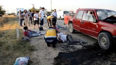 Kamyonet ile otomobil çarpıştı: 9 yaralı - KARAMAN