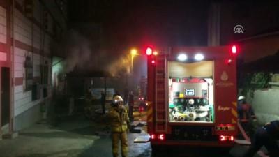 mobilya - Sultanbeyli'de yangın - İSTANBUL