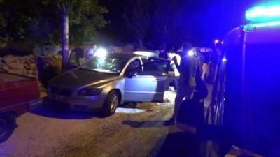 - İhbara giden Polis ekipleri 17 adet ruhsatsız tabanca ele geçirdi