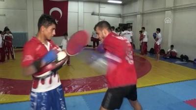 Kick boksun altın gençleri hedef büyüttü - GAZİANTEP