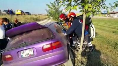 Aksaray'da otomobil takla attı: 1'i bebek 3 yaralı