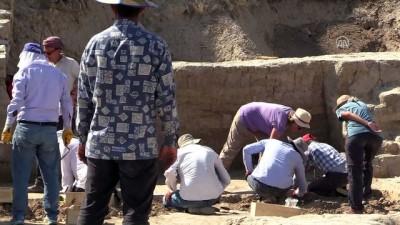 Arslantepe'deki kazılarla 'devlet sistemi'nin izi sürülüyor - MALATYA