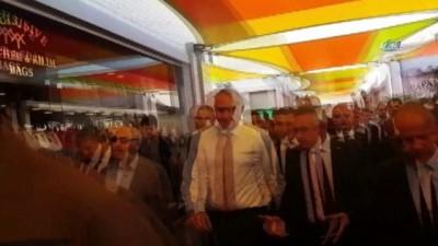 Kültür ve Turizm Bakanı Ersoy, Kuşadası Limanı'nda incelemelerde bulundu