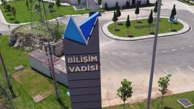 Bakan Varank'tan Bilişim Vadisi'ne sürpriz ziyaret