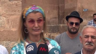 Kültür ve Turizm Bakanı Ersoy, Ermeni ayinine katıldı