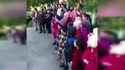Resmi Nikah -  - Düğünlerini yetimhanede çocuklarla kutladılar