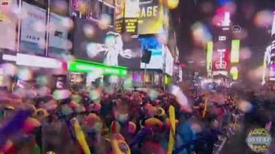basin ozgurlugu - New York'ta yeni yıl kutlamalarının adresi Times Meydanı - NEW YORK