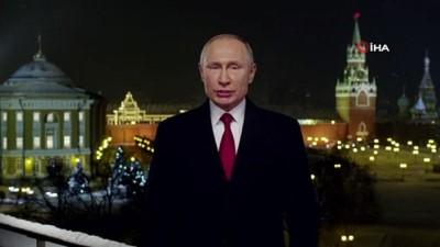 """- Putin'den yeni yıl mesajı: """"Birlikte çalışarak, emek vererek daha iyi bir yaşam inşa edebiliriz"""""""