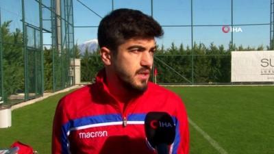 """forma -  Serdar Deliktaş: """"Yerli oyunculara değer verilmiyor"""""""