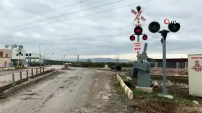 asiri yagis -  Şiddetli yağış nedeniyle durdurulan İzmir-Eskişehir tren seferleri yeniden başladı