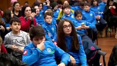 Sporun yıldızları Bursalı gençlerle buluştu