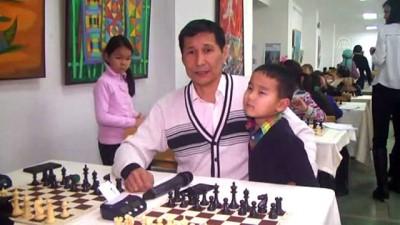 Kırgızistan'ın 'mat' olmayan ailesi - BİŞKEK