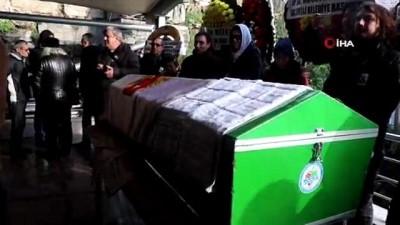 cenaze araci -  87 yaşındaki gazeteci son yolculuğuna uğurlandı