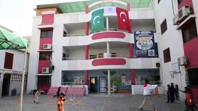 Pakistan'ın Sindh eyaletindeki FETÖ okullarının TMV'ye devri tamamlandı - KARAÇİ