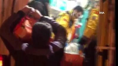 Mahsur kalan tansiyon hastası 8 saatte alındı