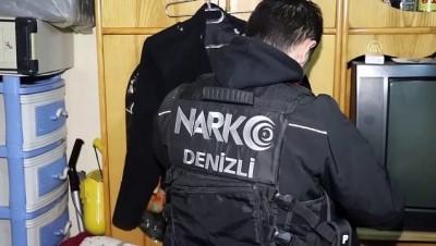 Oğlunun sakladığı uyuşturucuyu polise teslim etti - DENİZLİ