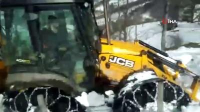 Ordu'da kar kalınlığı 65 cm'ye ulaştı