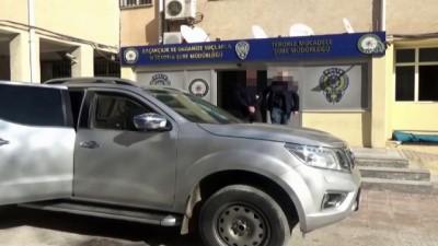 Şanlıurfa'da 2 terörist teslim oldu