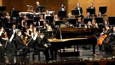 piyanist - BBDSO'dan 'Macar Fin Müziği' konseri