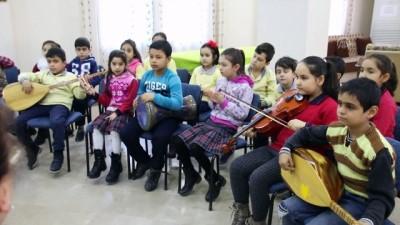 'Eski topraklar', öğrencilere eski türküleri öğretiyor - AYDIN