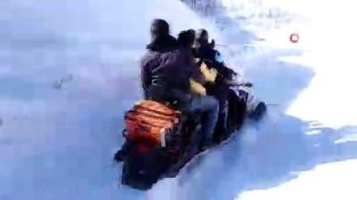 kar yagisi -  Hasta kadına önce AFAD ile sağlık ekibi ardından helikopter yetişti