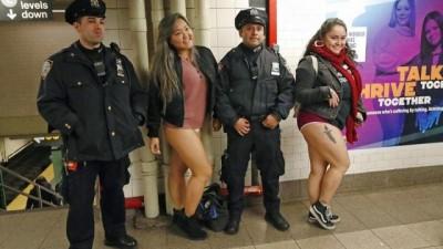 Pantolonsuz metroya binenlerden deniz kızlarına kadar haftanın no comment videoları