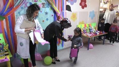 Suriyeli öğrencilerin karne sevinci - KİLİS