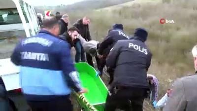 cenaze -  Sakarya'da yol kenarında erkek cesedi bulundu