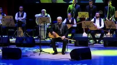Esat Kabaklı'nın 50. Sanat yılı - İSTANBUL
