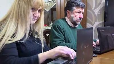 Görme engelli avukat çift azimleriyle örnek oluyor - İZMİR