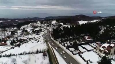 Uludağ'a çıkışta 5 kilometrelik trafik kuyruğu havadan görüntülendi